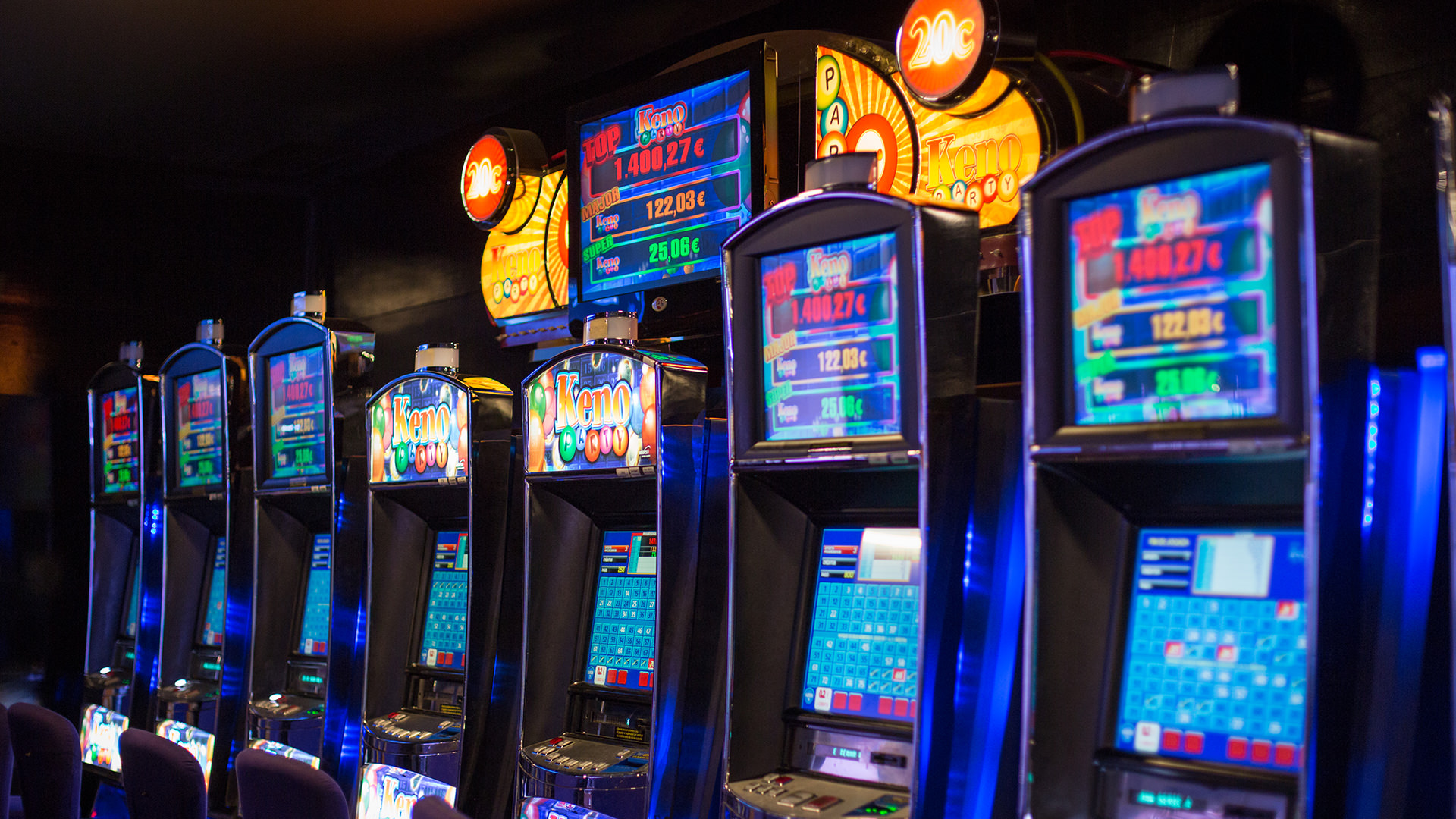 бесплатные игровые автоматы Champion casino